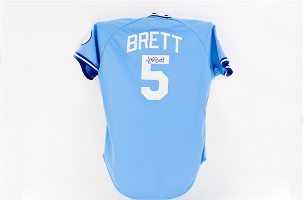 George Brett Game Used Jersey 1987 (Howser Patch)