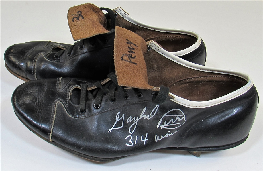 1964-67 Gaylord Perry Game Used & Signed Cleats